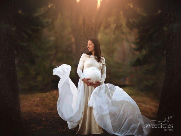 1 copy 3 705x529 - Maternity